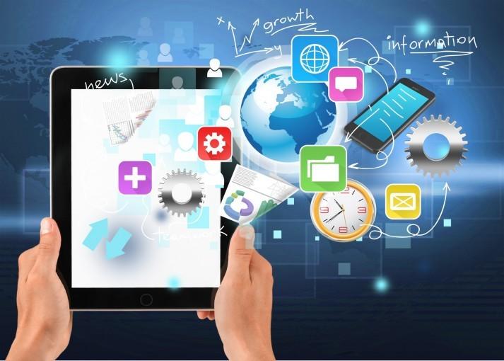 Firma czynna całą dobę – technologia mobilna w biznesie