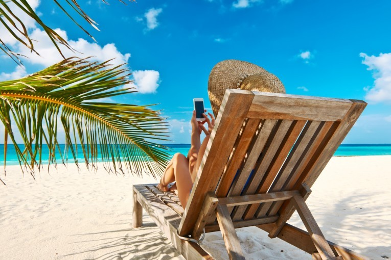 Prawo pracy: czy pracodawca może nas odwołać z urlopu?