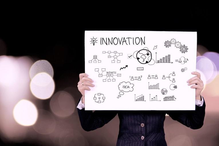 """Jakie problemy mają polscy przedsiębiorcy?: Raport EFL """"Innowacje w MŚP. Pod lupą""""."""