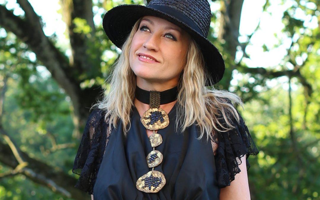 Motorem do osiągnięcia celu jest pasja i wytrwałość – wywiad z Elżbietą Klemensowicz z Paryża