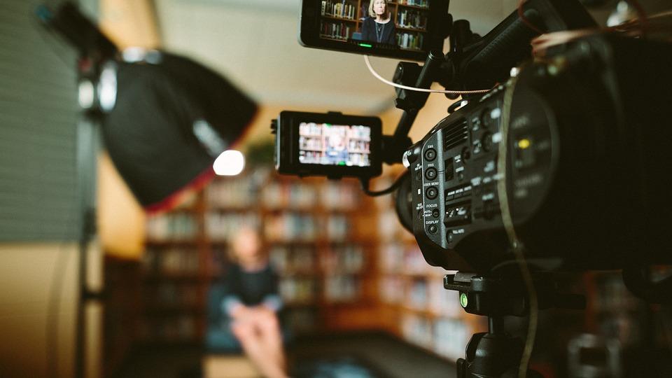 PR dla przedsiębiorcy: Jak wykorzystać wideo w promocji firmy