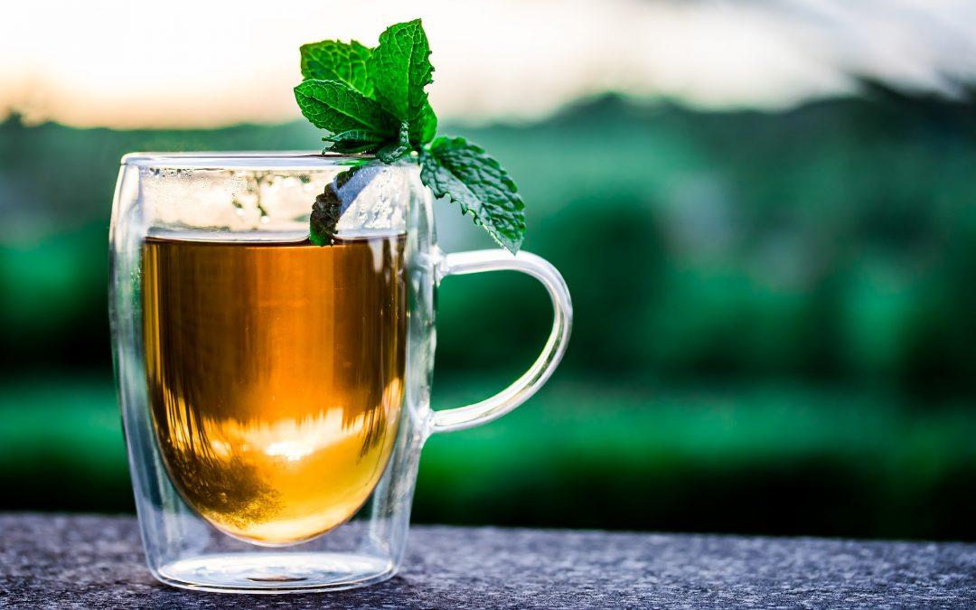 """Drugie życie herbaty – herbaciany """"food waste"""" dla urody"""