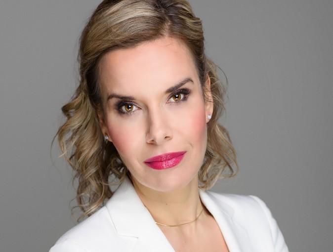 Lepiej działać i uczyć się na swoich błędach niż żałować utraconych szans – wywiad z Agatą Karoliną Lasotą