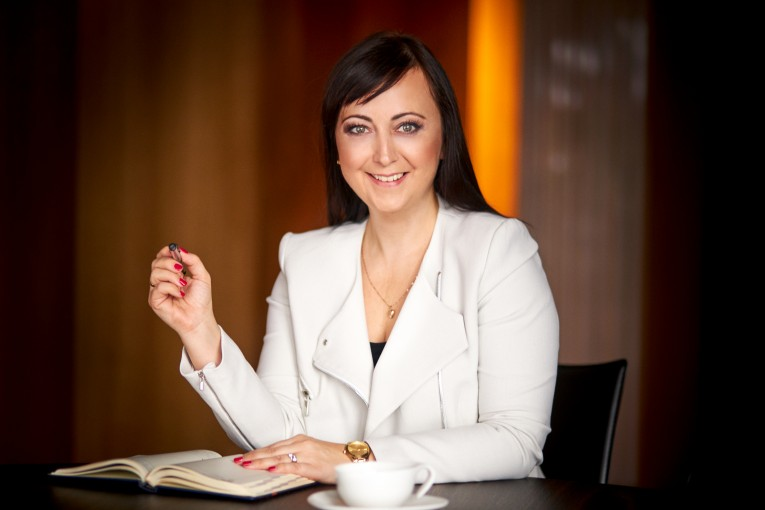 Sylwia Dębowska – Lenart