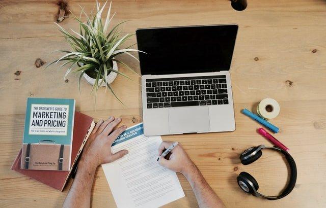 Działania online jako element strategii marketingowo-sprzedażowej firmy