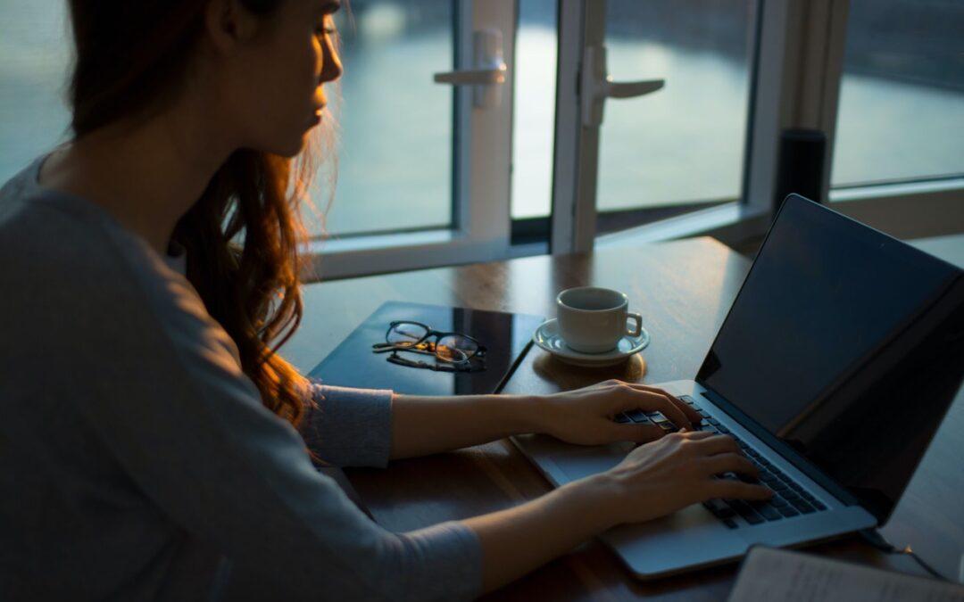 Kobieta na rynku pracy – w których branżach znajduje zatrudnienie?