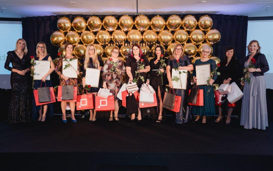 To już 10 lat wspieramy, łączymy i promujemy przedsiębiorcze Polki – relacja z Wieczoru Lady Business Awards 2021